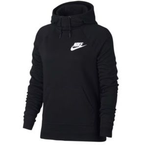 Nike Rally hoodie in black. Size x-large.